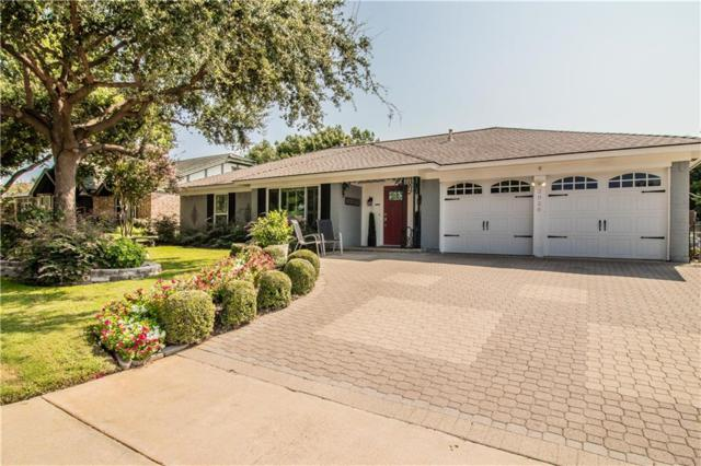 2020 Mountainview Drive, Hurst, TX 76054 (MLS #13917293) :: Frankie Arthur Real Estate