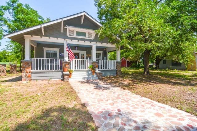 1301 E Grand Avenue, Comanche, TX 76442 (MLS #13917829) :: Frankie Arthur Real Estate