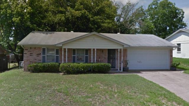 7424 Beaty Street, Fort Worth, TX 76112 (MLS #13918135) :: NewHomePrograms.com LLC