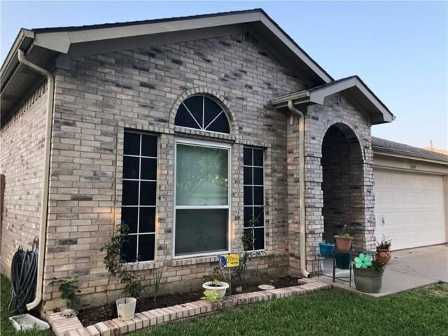 1949 Canyon Ridge Street, Fort Worth, TX 76131 (MLS #13918140) :: NewHomePrograms.com LLC