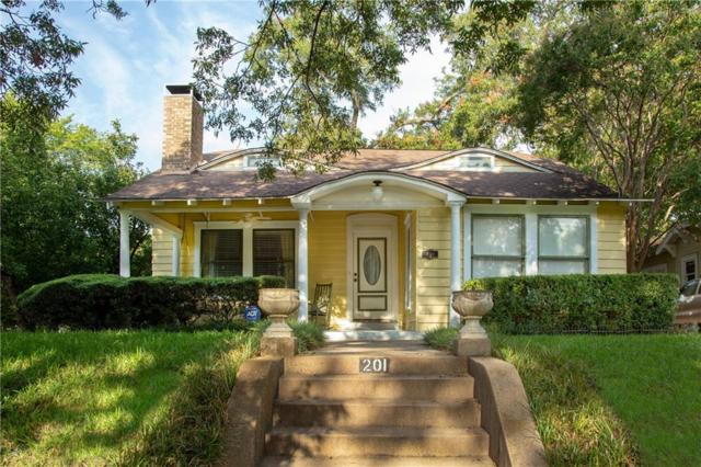 201 N Windomere, Dallas, TX 75208 (MLS #13919061) :: RE/MAX Landmark