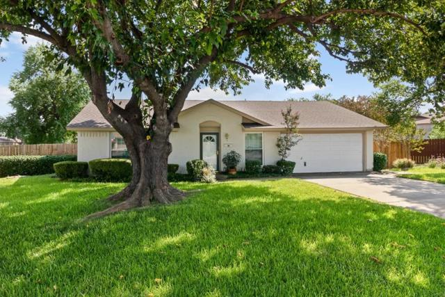 2302 Greenwood Circle, Carrollton, TX 75006 (MLS #13925143) :: RE/MAX Town & Country