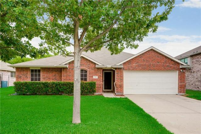 1812 Kings Cross Drive, Lancaster, TX 75134 (MLS #13925931) :: Pinnacle Realty Team