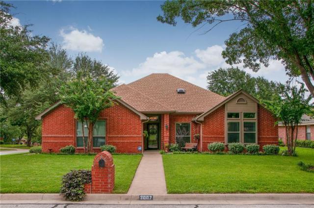 2007 Hunter Glade Lane, Arlington, TX 76012 (MLS #13927720) :: Century 21 Judge Fite Company