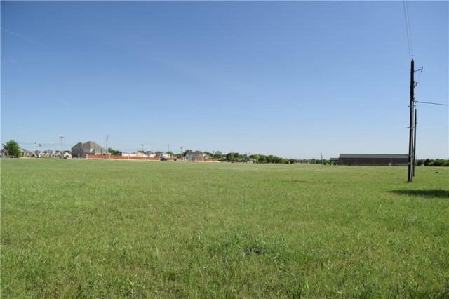 2505 S Hampton Road, Glenn Heights, TX 75154 (MLS #13928046) :: Robinson Clay Team