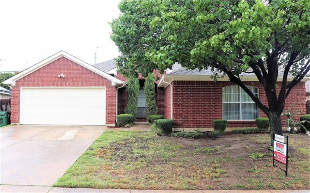 7403 Fossil Hill Drive, Arlington, TX 76002 (MLS #13928466) :: RE/MAX Pinnacle Group REALTORS