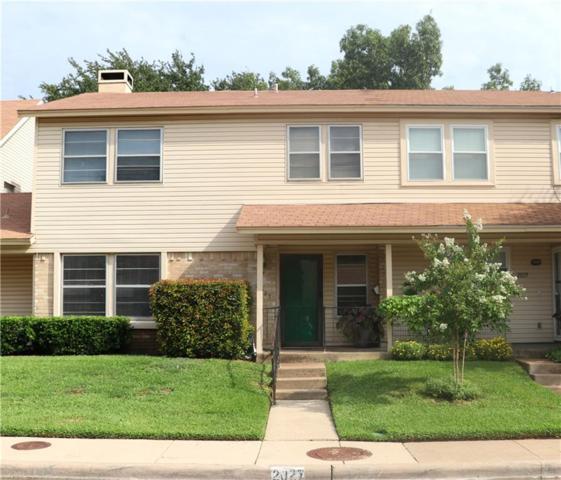 2027 Clubridge Drive, Carrollton, TX 75006 (MLS #13930542) :: RE/MAX Town & Country