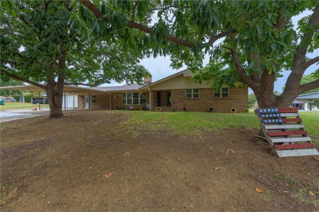 243 Hillcrest Drive, Nocona, TX 76255 (MLS #13931564) :: RE/MAX Town & Country