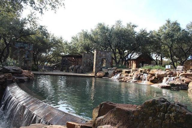 1175 Keechi Trail, Possum Kingdom Lake, TX 76449 (MLS #13932041) :: RE/MAX Landmark