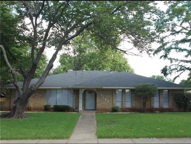 1025 Rosewood Drive, Desoto, TX 75115 (MLS #13934440) :: Pinnacle Realty Team