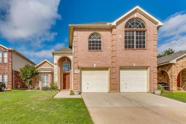 5001 Marineway Drive, Fort Worth, TX 76135 (MLS #13935019) :: Robbins Real Estate Group