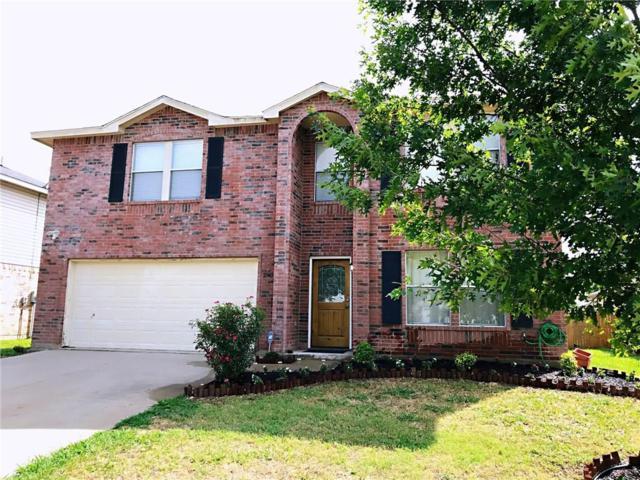 2940 Santa Sabina Drive, Grand Prairie, TX 75052 (MLS #13935271) :: Pinnacle Realty Team