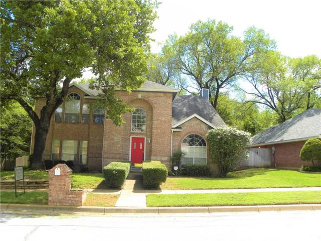 2416 Hedgeapple Drive, Arlington, TX 76001 (MLS #13935398) :: RE/MAX Town & Country