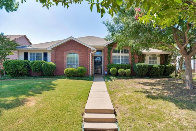 4008 N Colony Boulevard, The Colony, TX 75056 (MLS #13935529) :: RE/MAX Town & Country