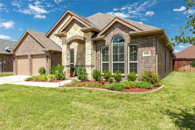 2932 Trail Lake Drive, Grand Prairie, TX 75054 (MLS #13935605) :: HergGroup Dallas-Fort Worth