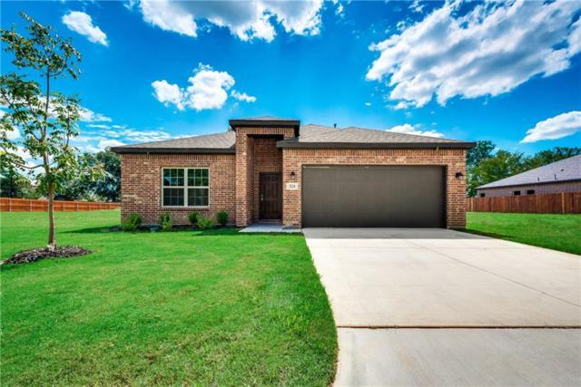 324 E Pecan Street, Hurst, TX 76053 (MLS #13935969) :: The Mitchell Group