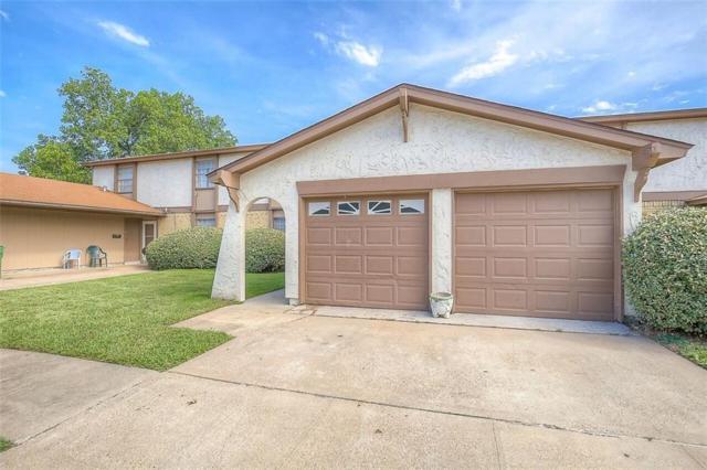 1019 Pleasant Valley Lane, Arlington, TX 76015 (MLS #13936885) :: The Mitchell Group