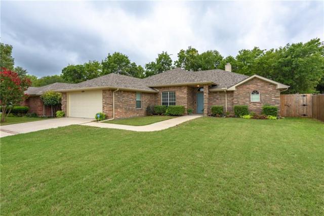 1424 Manten Boulevard, Denton, TX 76208 (MLS #13937619) :: Real Estate By Design