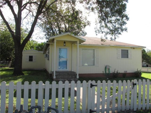 1700 N N. Davidson Street, Brady, TX 76825 (MLS #13939342) :: RE/MAX Town & Country