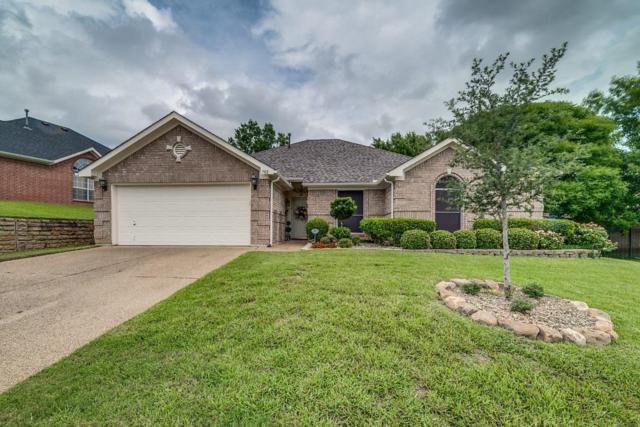 702 Biscayne Drive, Mansfield, TX 76063 (MLS #13939899) :: RE/MAX Pinnacle Group REALTORS