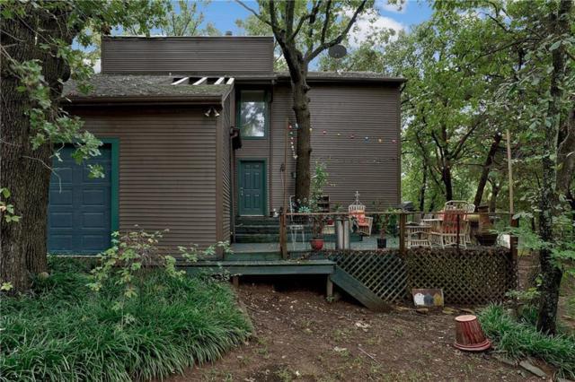 105 Hilltop Lane, Pottsboro, TX 75076 (MLS #13942882) :: The Chad Smith Team