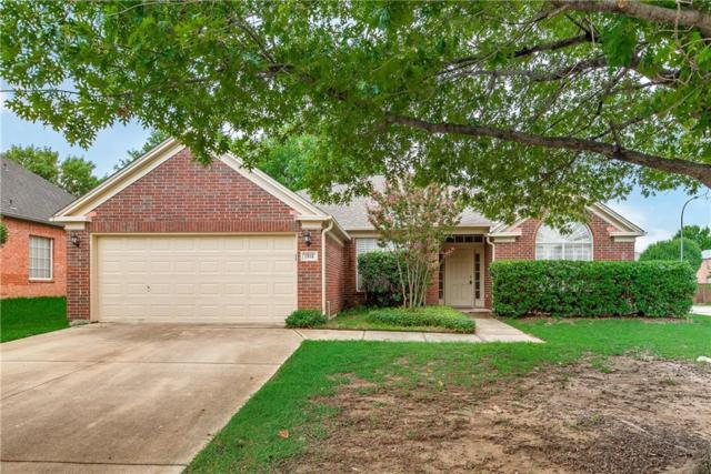 1912 Palencia Court, Arlington, TX 76006 (MLS #13943074) :: RE/MAX Town & Country