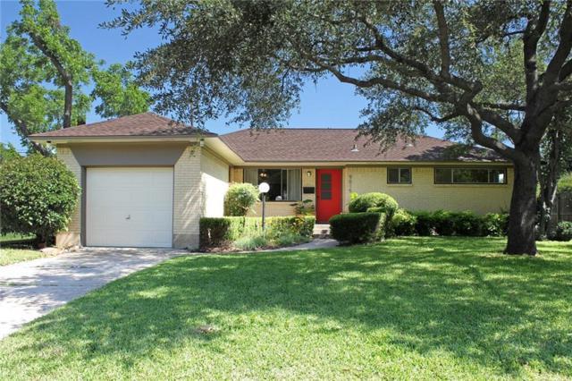9015 Lydgate Drive, Dallas, TX 75238 (MLS #13943631) :: Frankie Arthur Real Estate