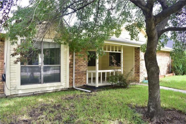 2111 Stein Way, Carrollton, TX 75007 (MLS #13944124) :: RE/MAX Landmark