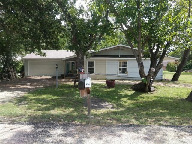 215 Harris Harbor, East Tawakoni, TX 75472 (MLS #13944715) :: The Chad Smith Team