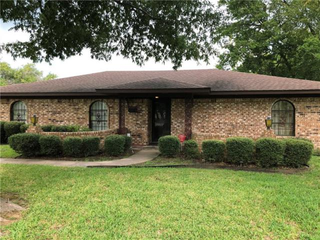 502 Goss, Terrell, TX 75160 (MLS #13945095) :: RE/MAX Town & Country