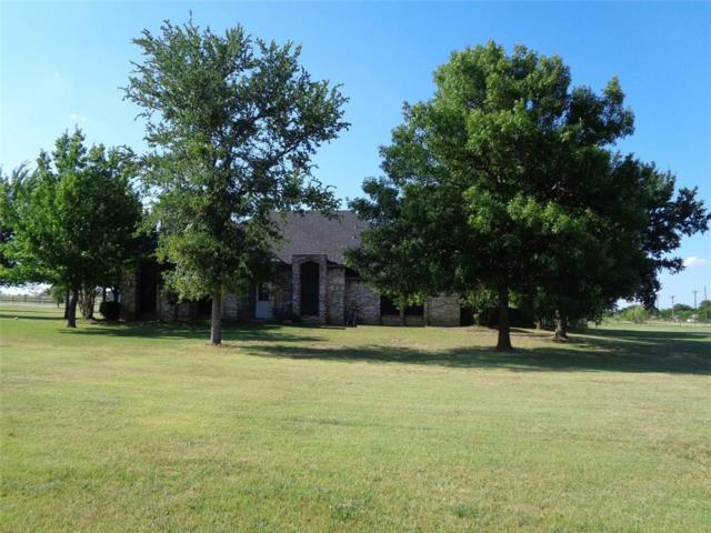 171 Seaborn Road, Ponder, TX 76259 (MLS #13945275) :: Robinson Clay Team