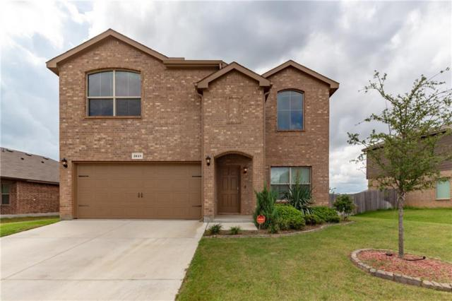 2621 Adams Fall Lane, Fort Worth, TX 76123 (MLS #13946340) :: Frankie Arthur Real Estate