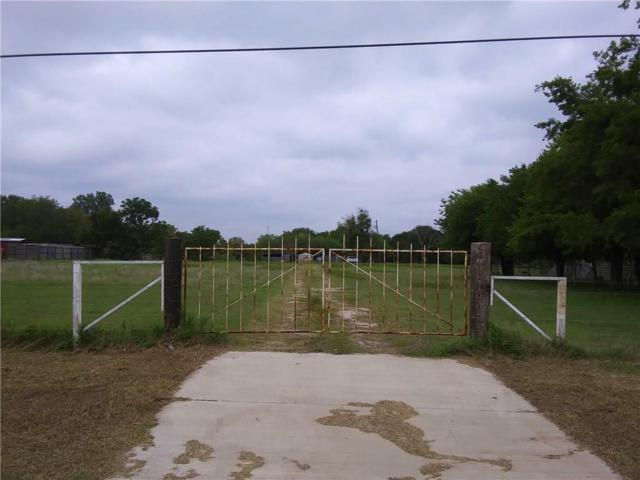 1701 E Wintergreen Road, Hutchins, TX 75141 (MLS #13946447) :: RE/MAX Town & Country