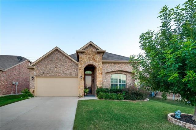 8720 Cowboy Trail, Aubrey, TX 76227 (MLS #13947140) :: The Real Estate Station