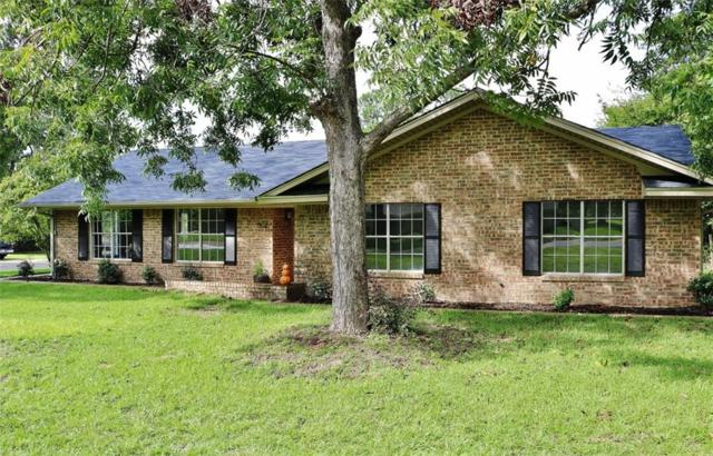 502 E Hubbard Street, Lindale, TX 75771 (MLS #13950427) :: RE/MAX Town & Country