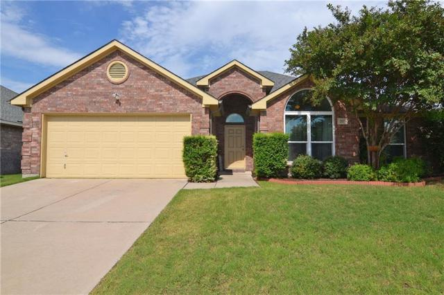 217 Cloudcroft Drive, Wylie, TX 75098 (MLS #13952386) :: RE/MAX Town & Country