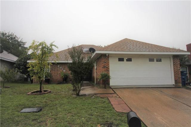2216 Cedarcrest Drive, Carrollton, TX 75007 (MLS #13953114) :: RE/MAX Performance Group