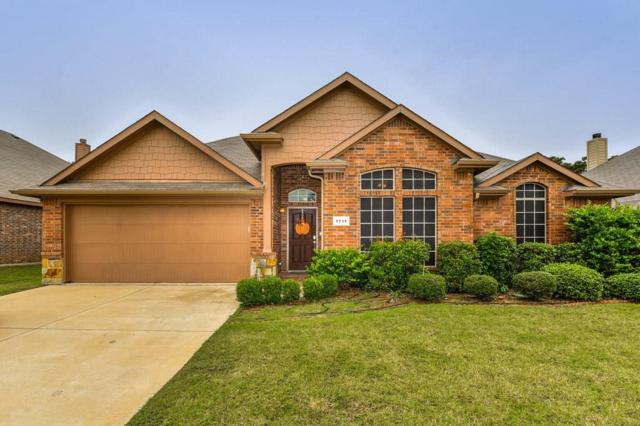 1711 Abaco Drive, Mansfield, TX 76063 (MLS #13953912) :: Baldree Home Team
