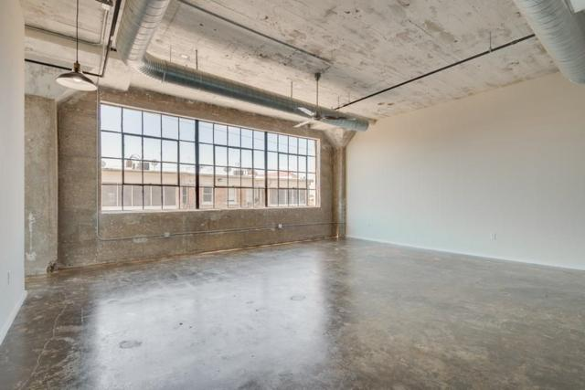120 St. Louis Avenue #208, Fort Worth, TX 76104 (MLS #13954081) :: The Mitchell Group