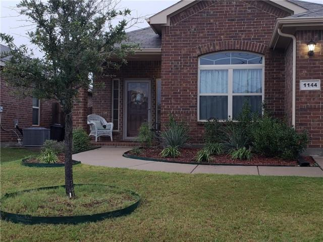 1144 Sierra Blanca Drive, Fort Worth, TX 76028 (MLS #13955774) :: RE/MAX Town & Country