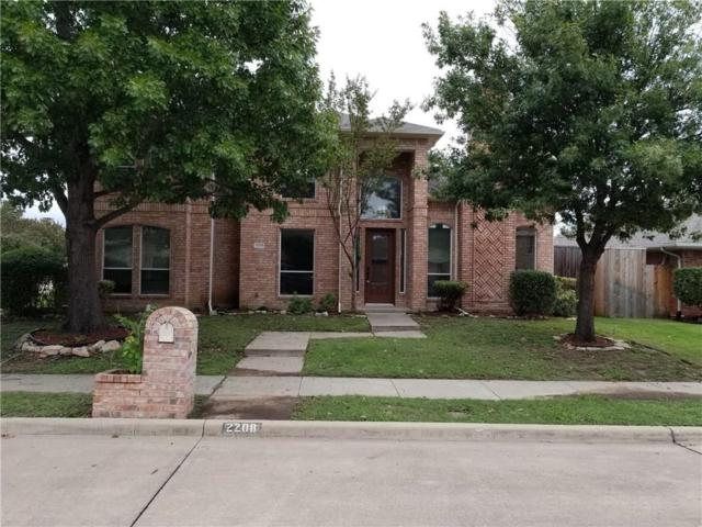 2208 Cristina Circle, Carrollton, TX 75006 (MLS #13956189) :: The Tierny Jordan Network