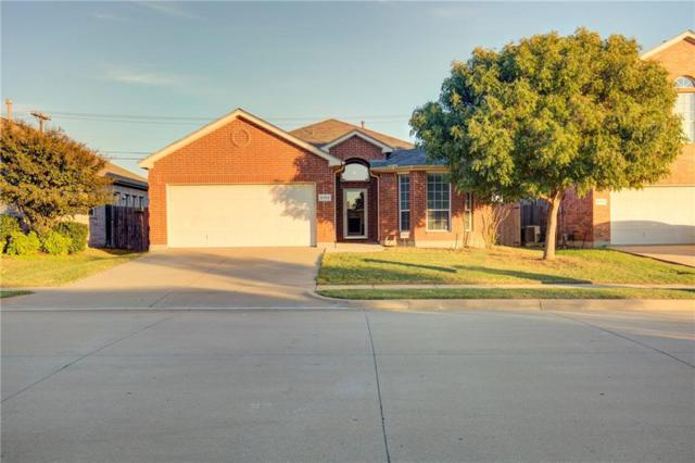 8753 Bloomfield Terrace, Fort Worth, TX 76123 (MLS #13956397) :: RE/MAX Town & Country