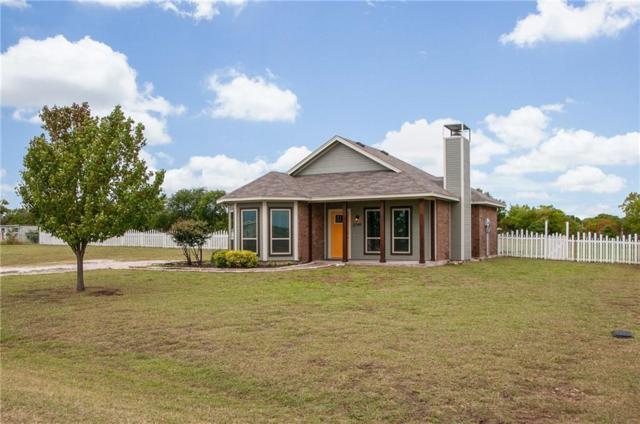 2749 Lexie Lane, Waxahachie, TX 75167 (MLS #13956687) :: Kimberly Davis & Associates