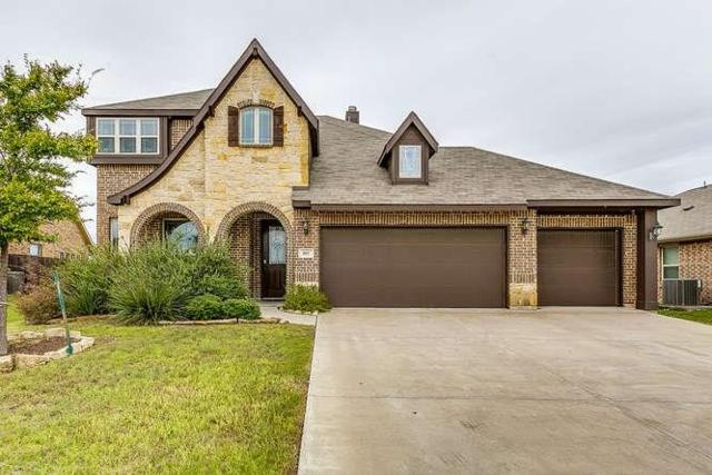805 Graham Drive, Burleson, TX 76028 (MLS #13957272) :: Robbins Real Estate Group