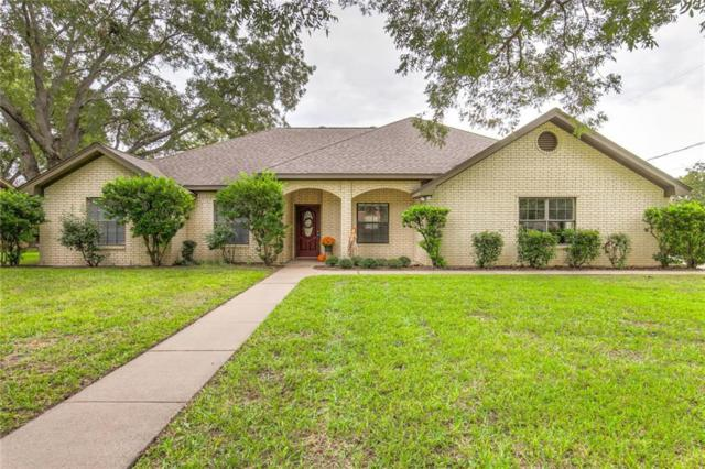 1101 Holiday Court, Granbury, TX 76048 (MLS #13957666) :: RE/MAX Town & Country