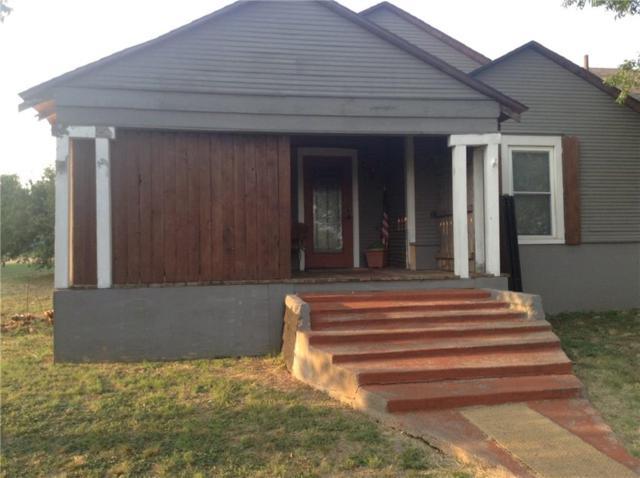 102 N Pettit, Throckmorton, TX 76483 (MLS #13958308) :: RE/MAX Landmark