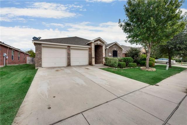940 Furlong Drive, Grand Prairie, TX 75051 (MLS #13958328) :: RE/MAX Town & Country