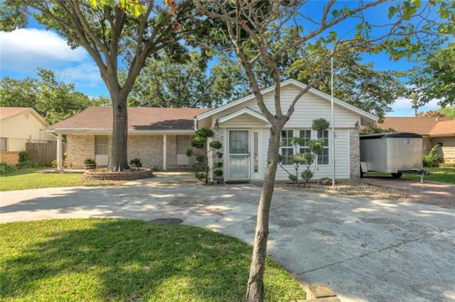 2626 Chevy Chase Drive, Irving, TX 75062 (MLS #13960181) :: RE/MAX Town & Country