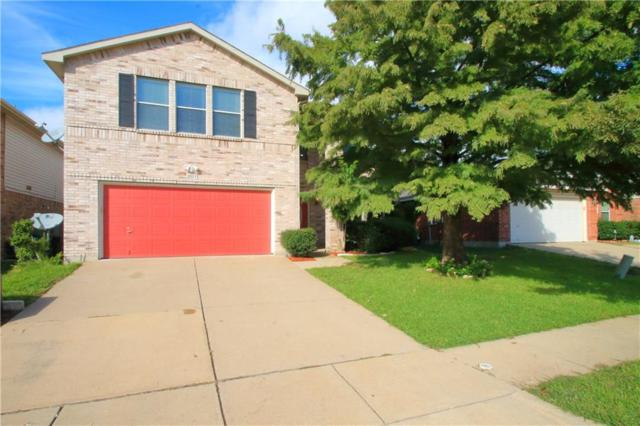 2013 Shawnee Trail, Fort Worth, TX 76247 (MLS #13961693) :: RE/MAX Town & Country