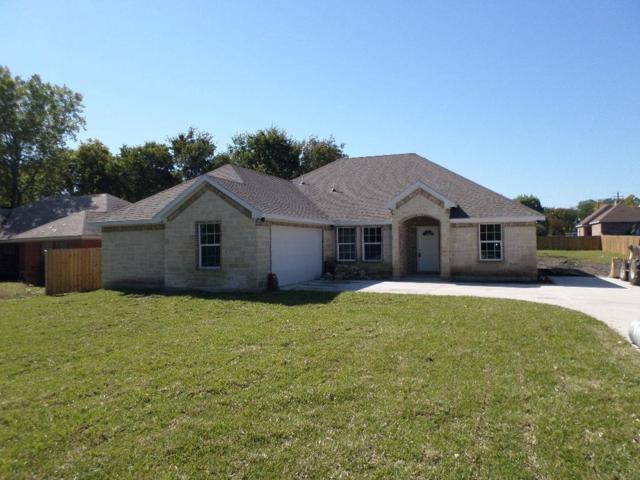 2715 Henry Road, Lancaster, TX 75134 (MLS #13963200) :: Real Estate By Design